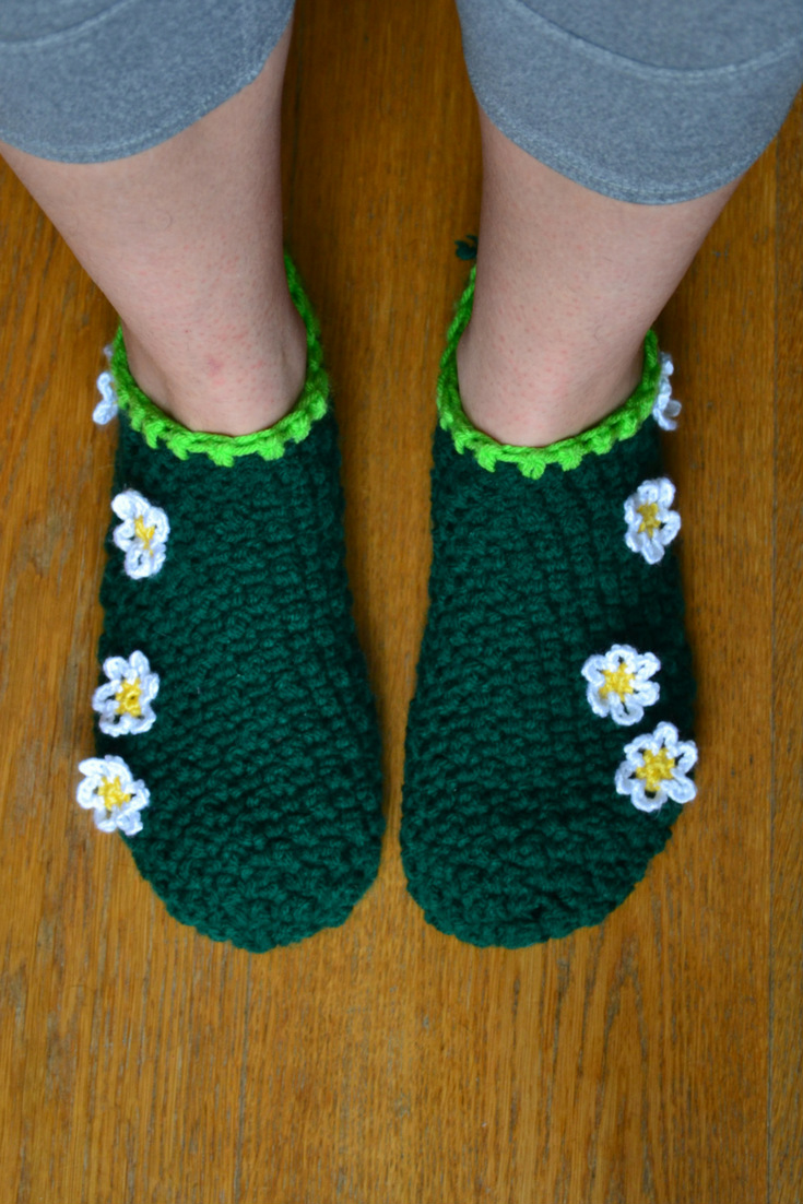 Barefoot in the Grass Slipper Socks Free Crochet Pattern - the Slippin' Stitch #crochet #pattern